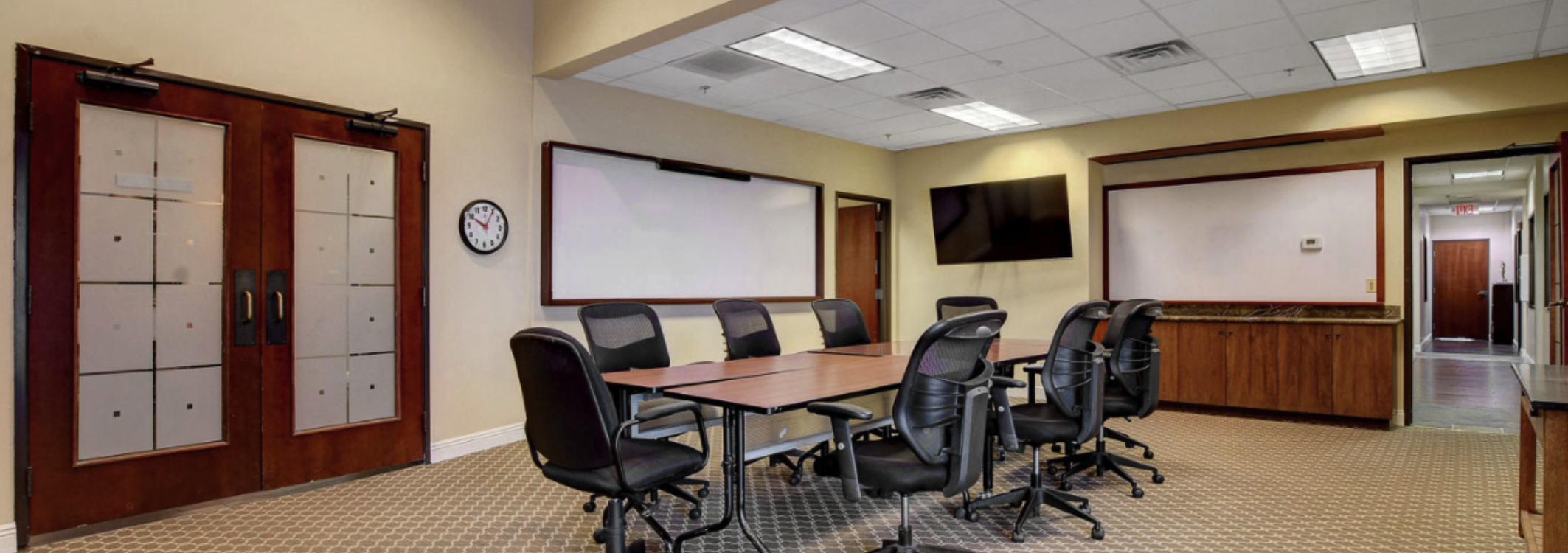 Conference Room at Lakeside Business Suites